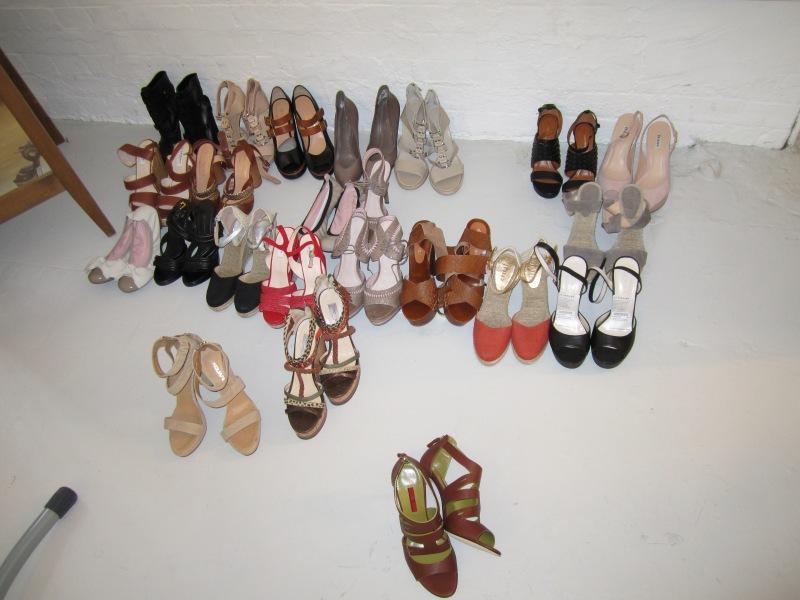 Easy living shoot shoes