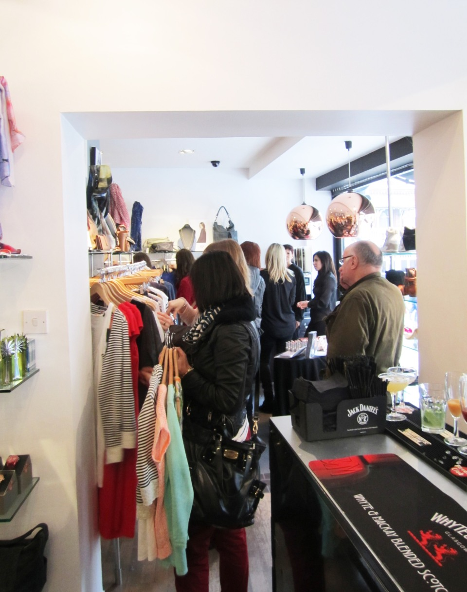 The shopping frenzy started straight away with everyone eager to grab their favourite styles before they went!