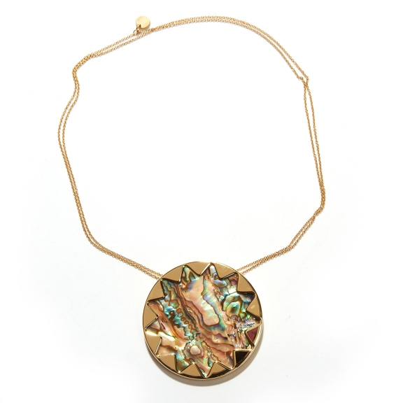 House_Harlow_Shell_Gold_Necklace